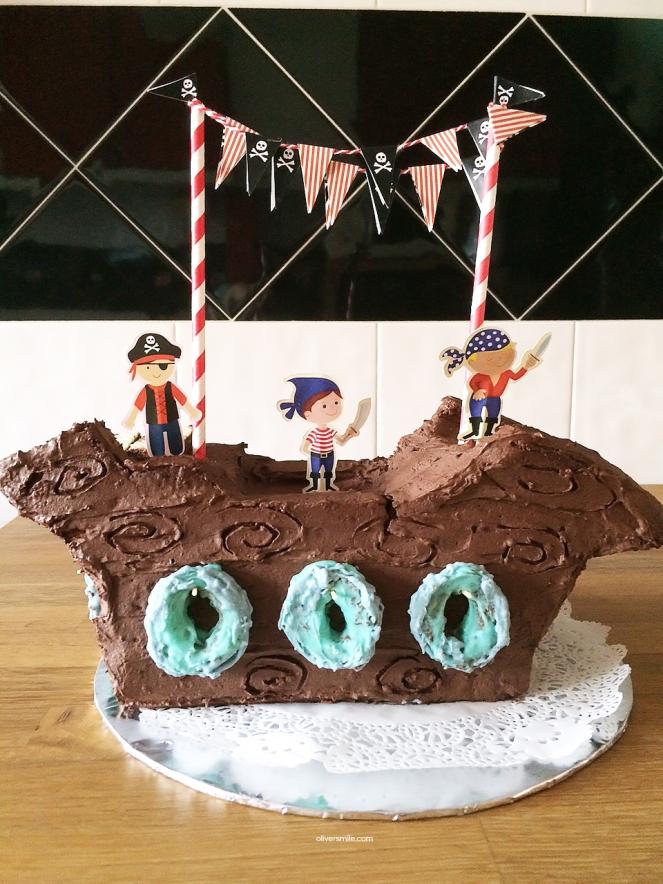 pirateshipcake